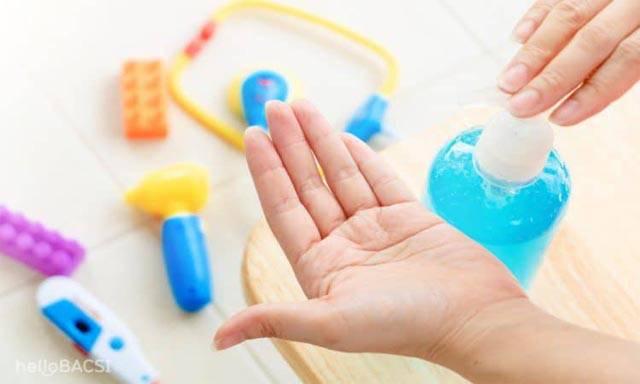 Cách làm nước rửa tay khô theo hướng dẫn của WHO